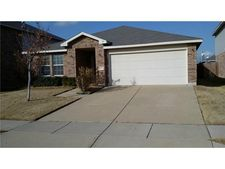 1713 Trego Dr, Fort Worth, TX 76247