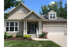 6482 Harness Cir NE, North Canton, OH 44721