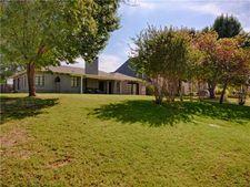 1716 Huntington Ave, Nichols Hills, OK 73116