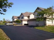 1540 Iroquois Ave, Grafton, WI 53024