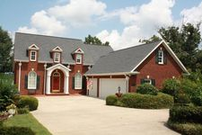 109 Reedy Cove Ct, Greenwood, SC 29649