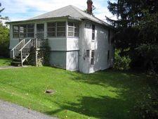 208 Pleasant St, Masontown, WV 26542