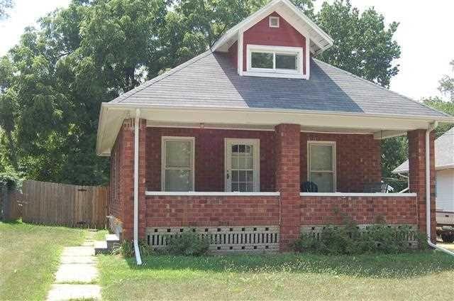 513 Jackson Ave, Dixon, IL