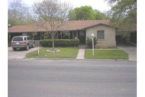 804 Bluebonnet Dr, Kerrville, TX 78028