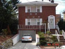 8712 Avon St, Jamaica Estates, NY 11432
