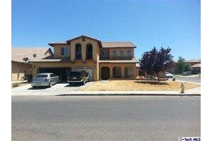 12727 Fair Glen Dr, Victorville, CA 92392