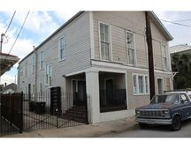 3135 Burgundy St, New Orleans, LA 70117