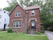 3488 Woodridge Rd, Cleveland Heights, OH 44121
