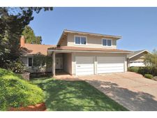 11 Highlands Ct, Belmont, CA 94002