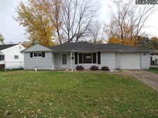 877 Marion St, Sheffield Lake, OH 44054
