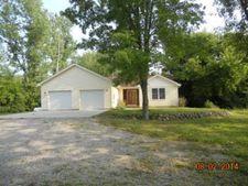 1180 W Pine River Rd, Breckenridge, MI 48615