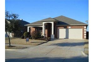 3412 Hornbeam St, Denton, TX 76226