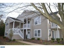 16020 Beacon Hill Dr, Holland, PA 18966