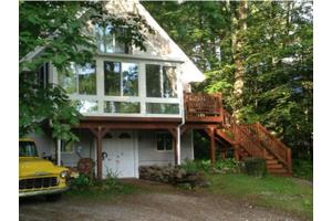 20 Ski Hill Dr, Northfield, NH 03276