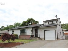 3124 W 11th St, The Dalles, OR 97058