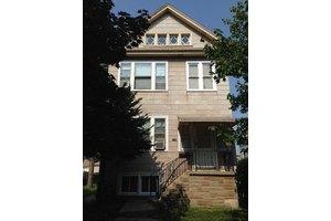 1320 Wenonah Ave, Berwyn, IL 60402