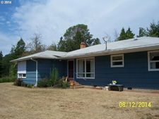 48767 Mcfarland Rd, Oakridge, OR 97463