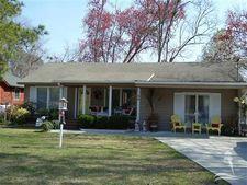 44 Fayetteville Rd, Elizabethtown, NC 28337