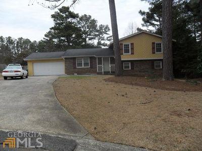201 Willows Ct, Riverdale, GA 30274