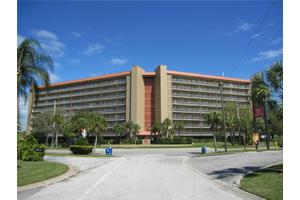 4939 Floramar Ter Apt 204, New Port Richey, FL 34652