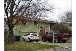 3311 S Clinton St, Sioux City, IA 51106