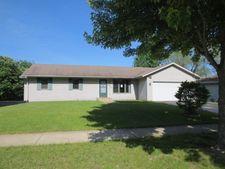 4875 Antioch Dr, Rockford, IL 61109