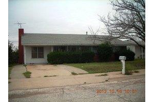 1806 Hearn St, Big Spring, TX 79720