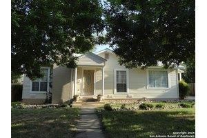 330 Alexander Hamilton Dr, San Antonio, TX 78228