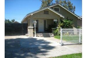 1115 W Pine St, Santa Ana, CA 92703