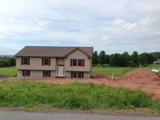 333 Moyer Station Rd, Pine Grove, PA 17963