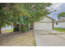 106 Songbird Ct, Cedar Creek, TX 78612