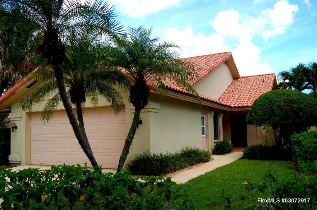 2905 Farragut Ln West Palm Beach, FL 33409
