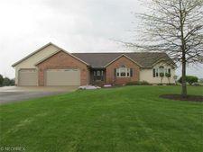 9363 Wadsworth Rd, Marshallville, OH 44645