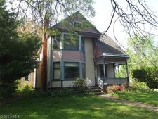 95 E South St, Painesville, OH 44077