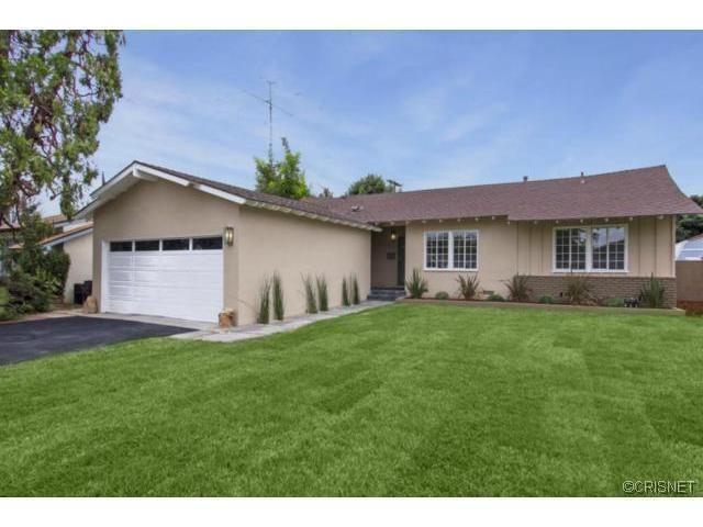 19030 Community St Northridge, CA 91324