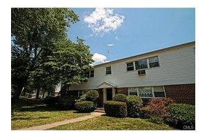 16 Cherry Hill Dr Unit 2b, Bridgeport, CT 06606