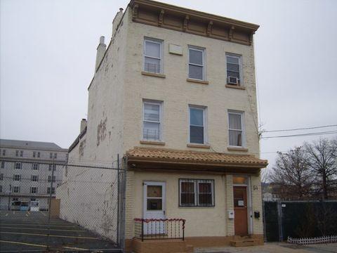 54 E Kinney St, Newark, NJ 07102
