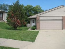 212 Overbrook Ct, Monroe, OH 45050