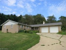 2475 Riceford St Sw, East Sparta, OH 44626