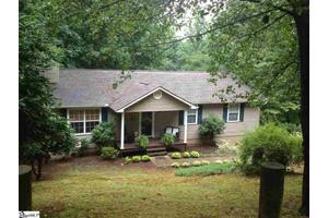 1011 Pine Oak Way, Taylors, SC 29687