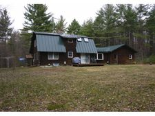 897 Old Bow Rd, Weathersfield, VT 05156