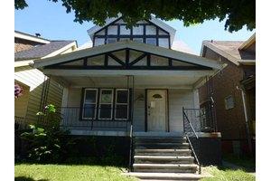 6256 Rohns St, Detroit, MI 48213