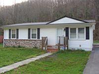 129 Indian Cir, Cedar Bluff, VA 24609
