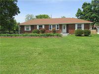 1845 Memorial Dr, Clarksville, TN 37043