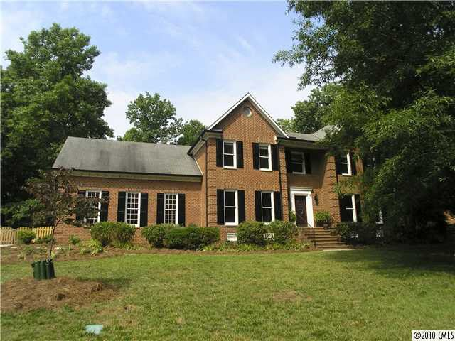 1507 Chadmore Ln NW, Concord, NC