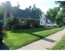 152 Harkness Ave, Springfield, MA 01118