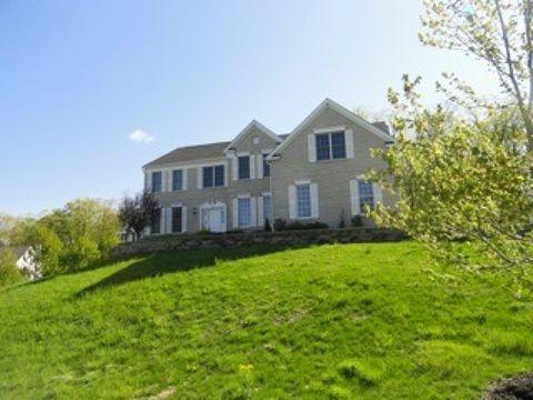 12 Greenbriar Ct, Mount Olive Township, NJ 07836