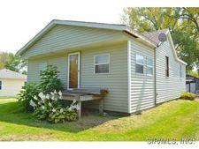 1012 Spotsylvania St, New Athens, IL 62264