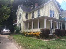 13 Weeks St, Jamestown, NY 14701
