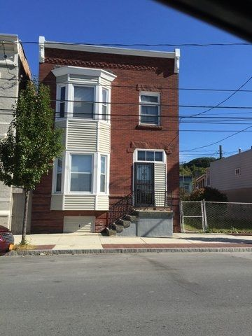 486-488 First St Troy, NY 12180